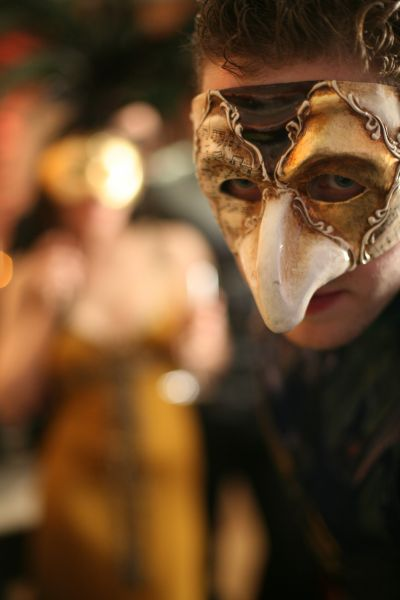Offer: Night of the Masks - March 29rd 2019 - Dinner at the bar, only 8 tickets left